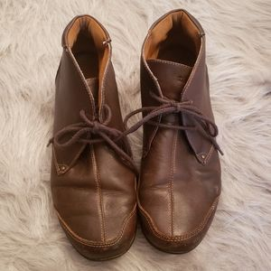 Taos chukka toe boot